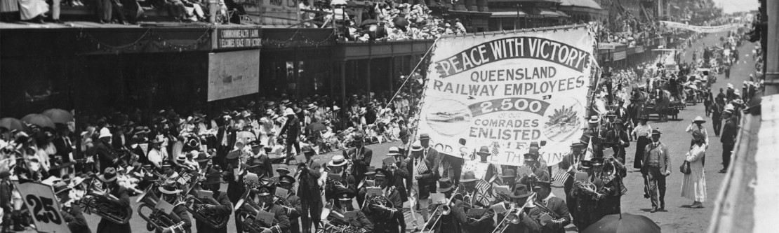 Marching band participates in the Peace Day procession in Brisbane, 1919
